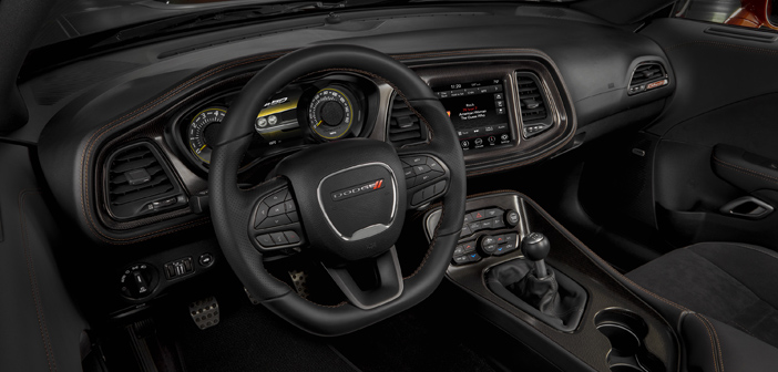 Dodge Challenger Interior >> Throwback Inspired Interior For 50th Anniversary Dodge